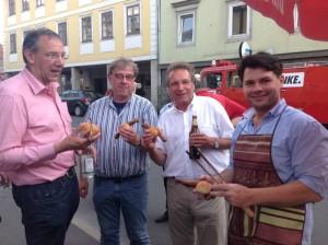 Bürgermeister Thomas Nowak, Betriebsseelsorger Norbert Junkunz, Klaus Ernst, René Hähnlein