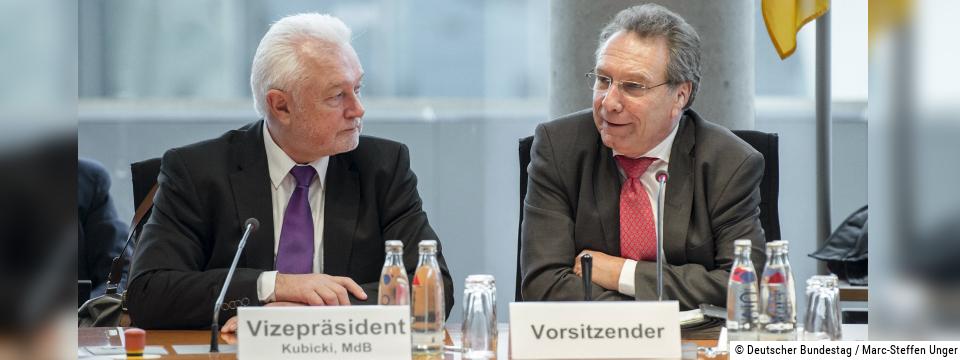 Vorsitzender des Wirtschaftsausschusses Klaus Ernst